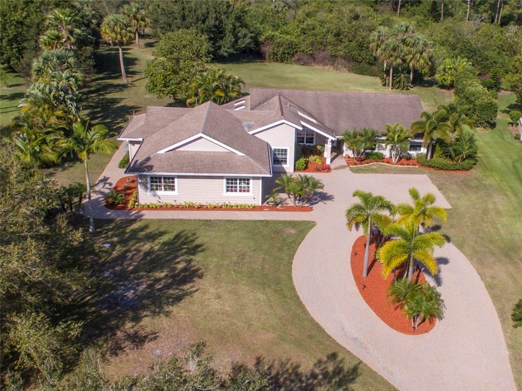 2212 SW Racquet Club Drive, Palm City, FL 34990