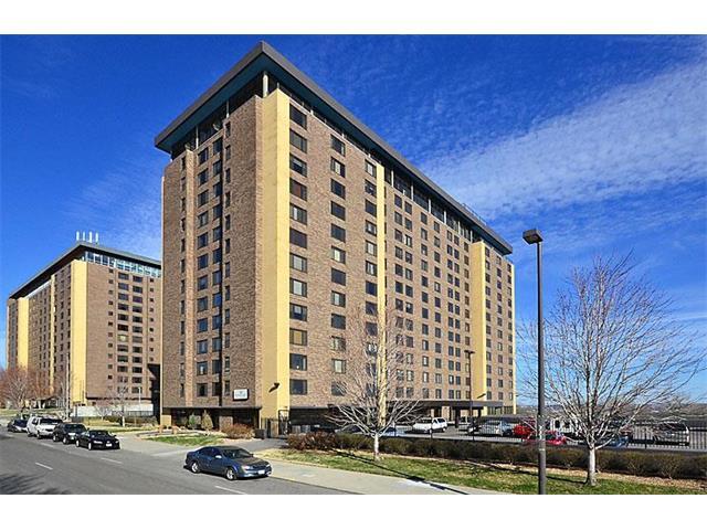 700 E 8TH #9B Street, Kansas City, MO 64106