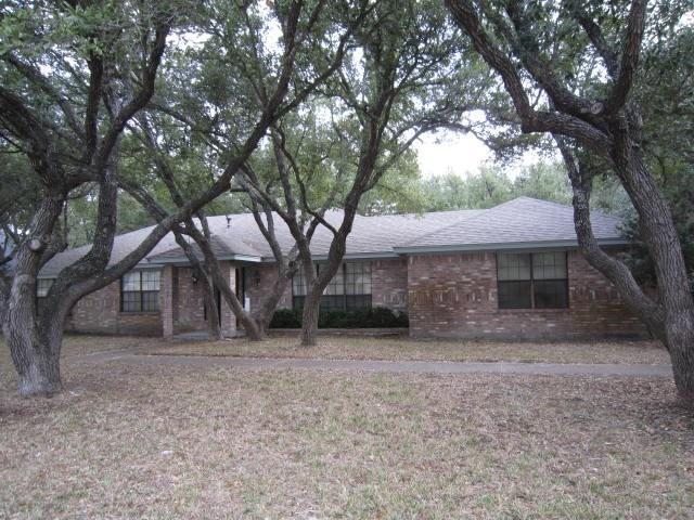 305 Cherry Hills Dr, Rockport, TX 78382
