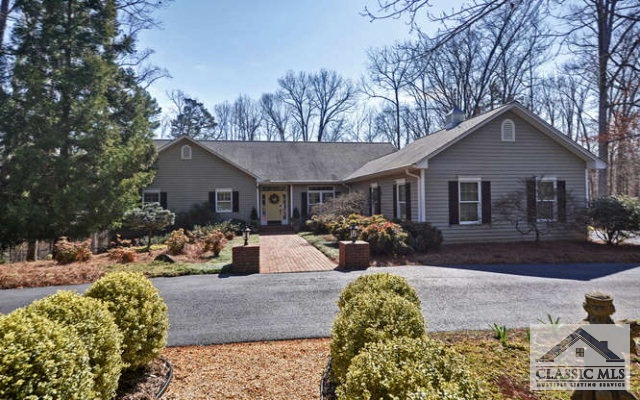 731 Hidden Lakes Trail, Jefferson, GA 30549