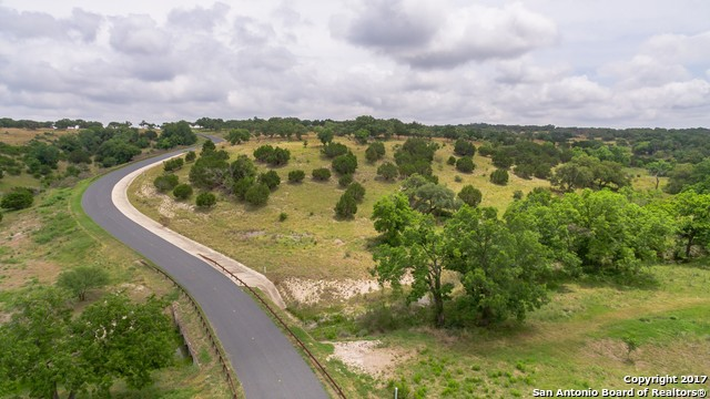 2542 Boot Ranch Cir, Fredericksburg, TX 78624