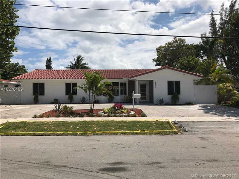 2400 NE 196th St, Miami, FL 33180