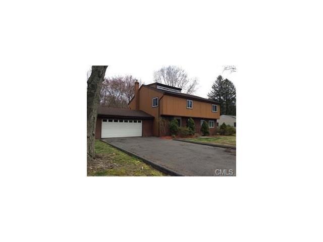 185 Cedarhurst Lane, Milford, CT 06461
