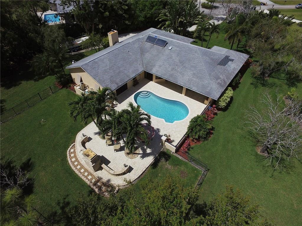 2635 NE Cypress Lane, Jensen Beach, FL 34957
