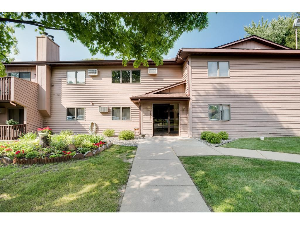 5445 Babcock Trail N201, Inver Grove Heights, MN 55077