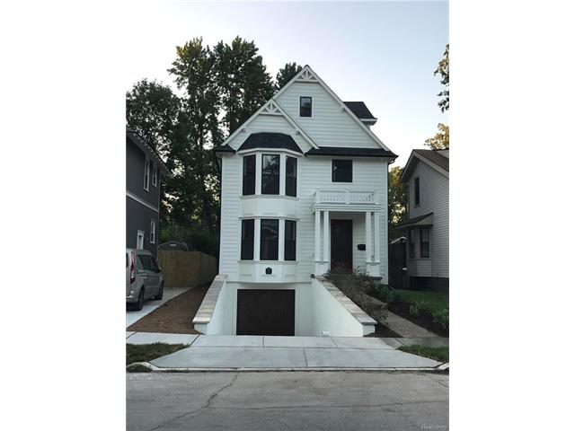 727 HAWTHORN Avenue, Royal Oak, MI 48067