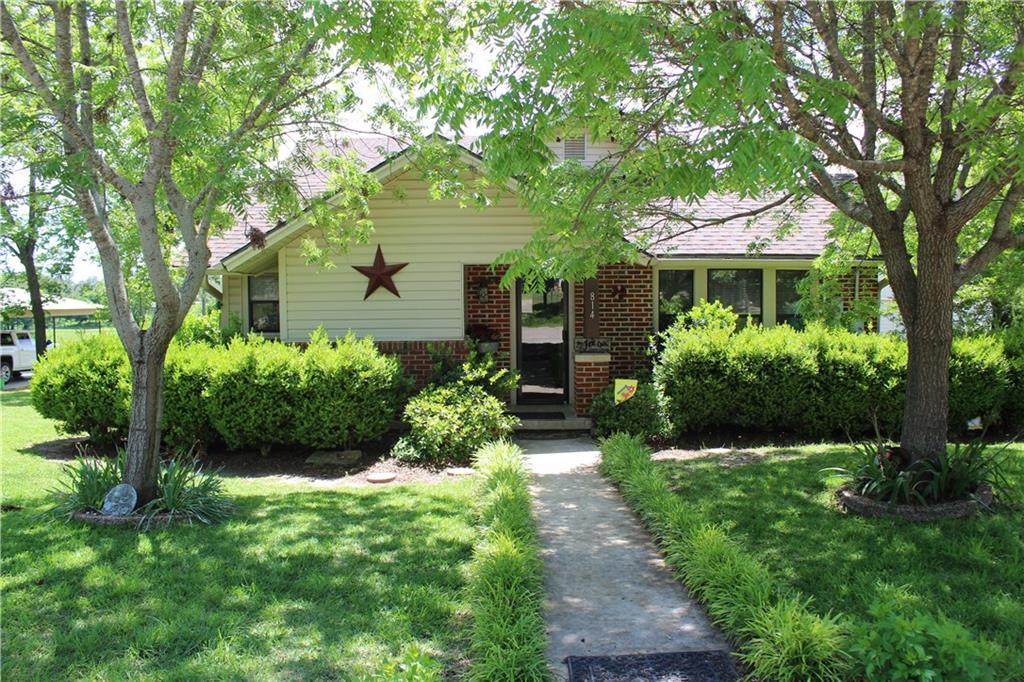 814 W Standifer, Hamilton, TX 76531
