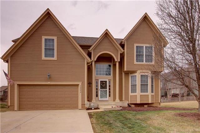 15554 W 154TH Terrace, Olathe, KS 66062