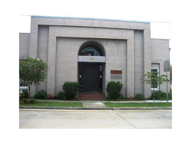 123 S OAK Street, Hammond, LA 70403