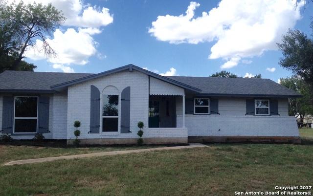17912 W US HWY 87, Adkins, TX 78101