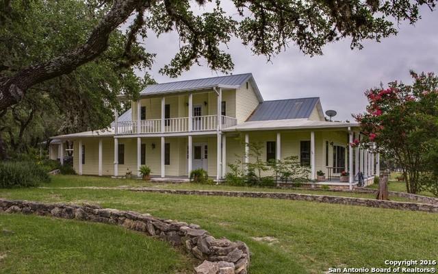 1606 Oakridge Lane, Pipe Creek, TX 78063