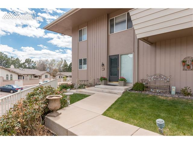 5206 Kissing Camels Drive B5, Colorado Springs, CO 80904