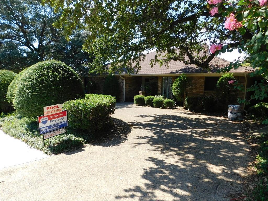 2409 Glen Morris Road, Carrollton, TX 75007
