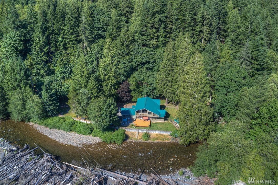 51425 SE Enumclaw-Chinook Pass Rd, Greenwater, WA 98022