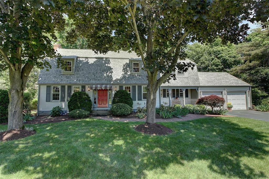 4 Honeysuckle CT, Barrington, RI 02806