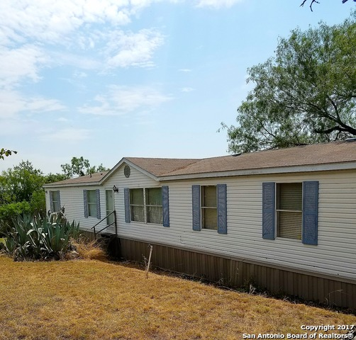 105 County Road 5635, Castroville, TX 78009