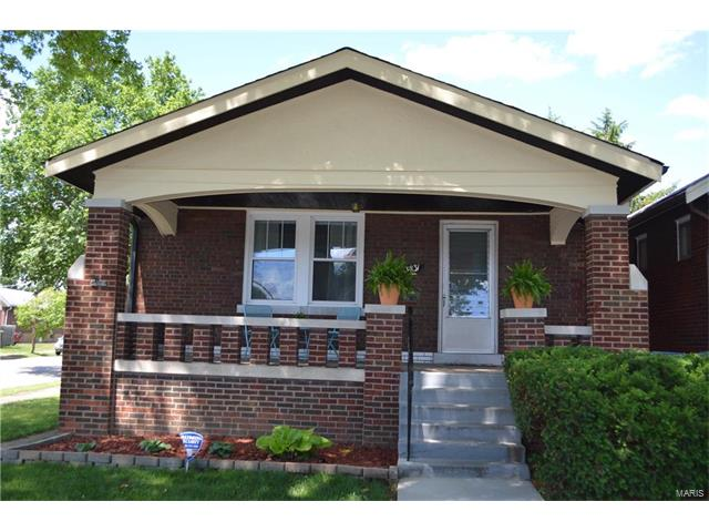 3831 Bingham Avenue, St Louis, MO 63116