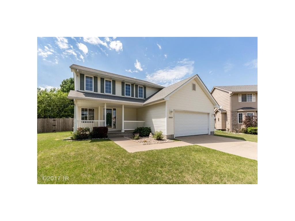15959 Rosewood Court, Clive, IA 50325