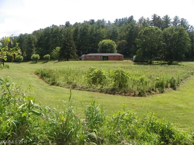 30 Old Mars Hill Highway, Weaverville, NC 28787