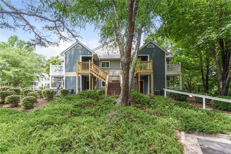 102 Mill Pond Road, Roswell, GA 30076