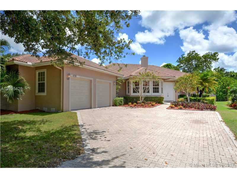 6776 NW 44th Ct, Coral Springs, FL 33067