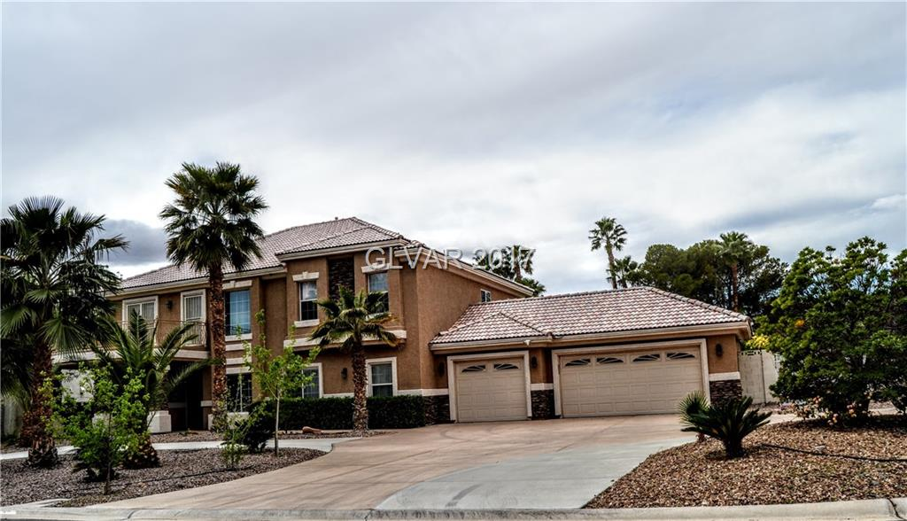 2761 TIOGA PINES Circle, Las Vegas, NV 89117