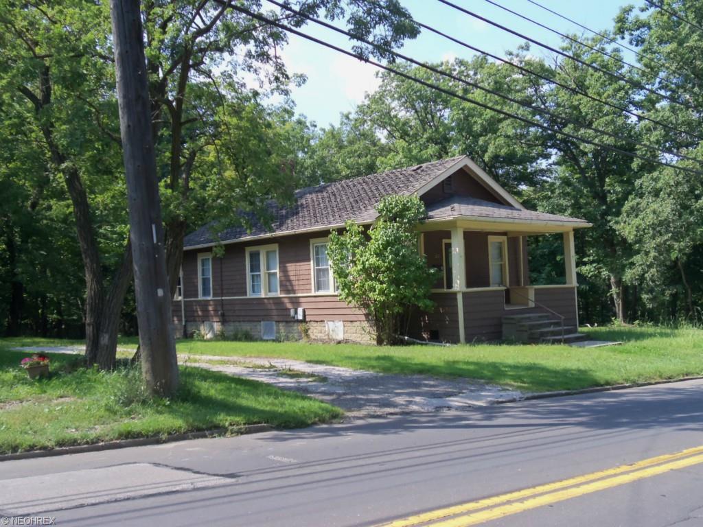 317 N Chestnut St, Jefferson, OH 44047