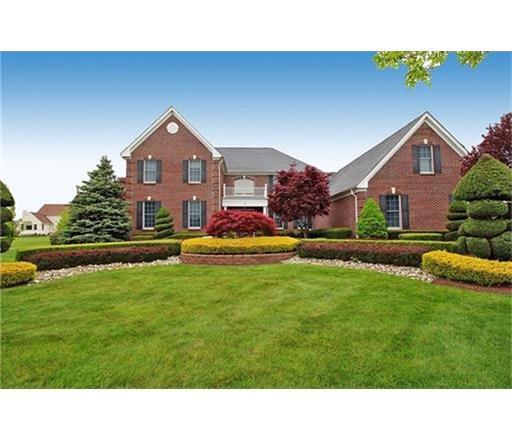 26 LINWOOD Drive, Monroe Township, NJ 08831