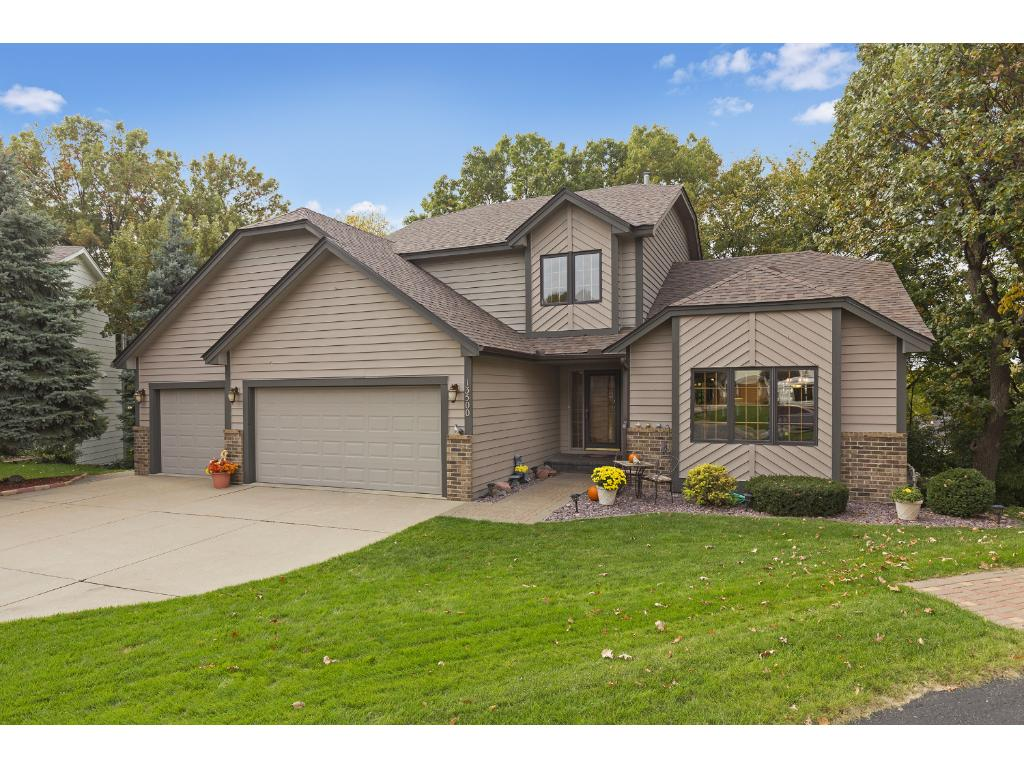 13500 James Avenue S, Burnsville, MN 55337