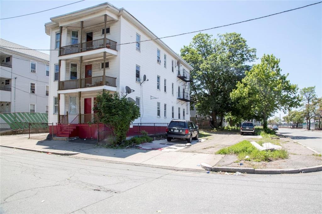 204 Chapin AV, Providence, RI 02909