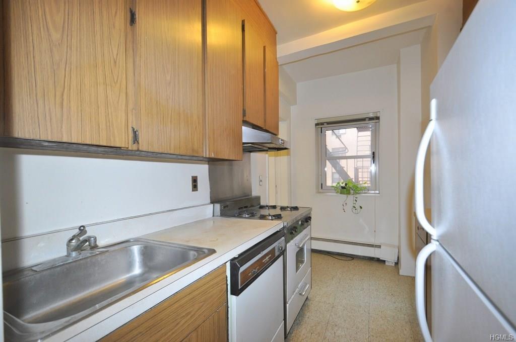 80 E Hartsdale Avenue 114, Hartsdale, NY 10530