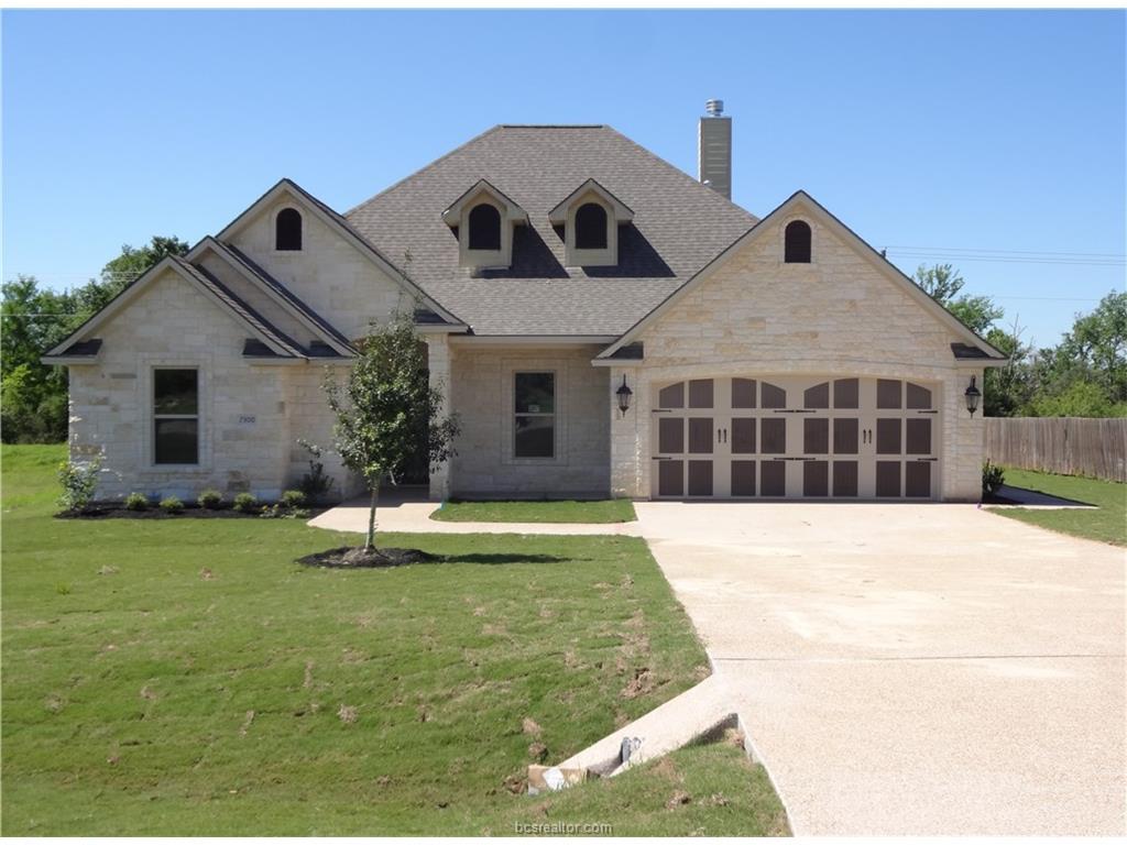 7300 Riverstone Drive, Bryan, TX 77808
