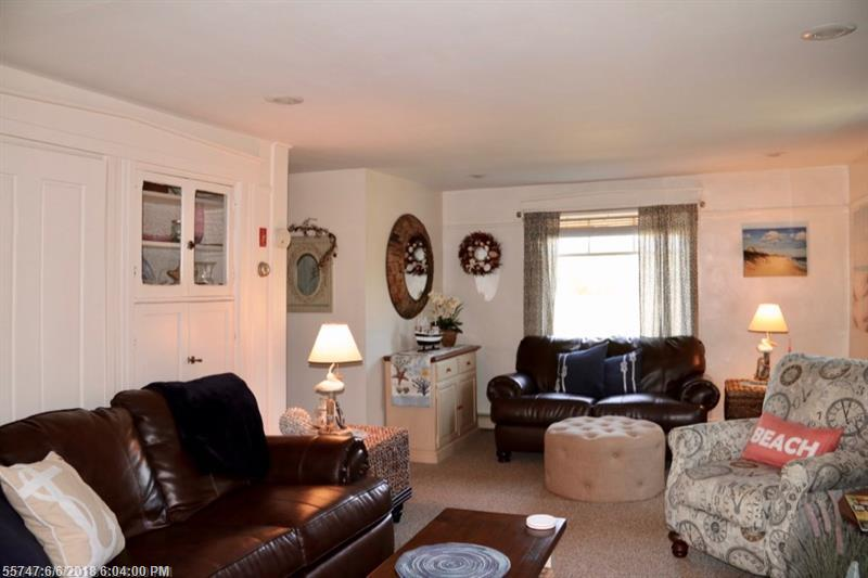 280-282 Hills Beach RD , Biddeford, ME 04005