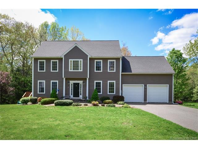 197 Lanyon Dr, Cheshire, CT 06410