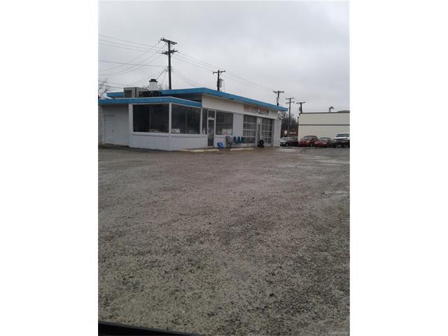 1005 N Main ST, Royal Oak, MI 48067