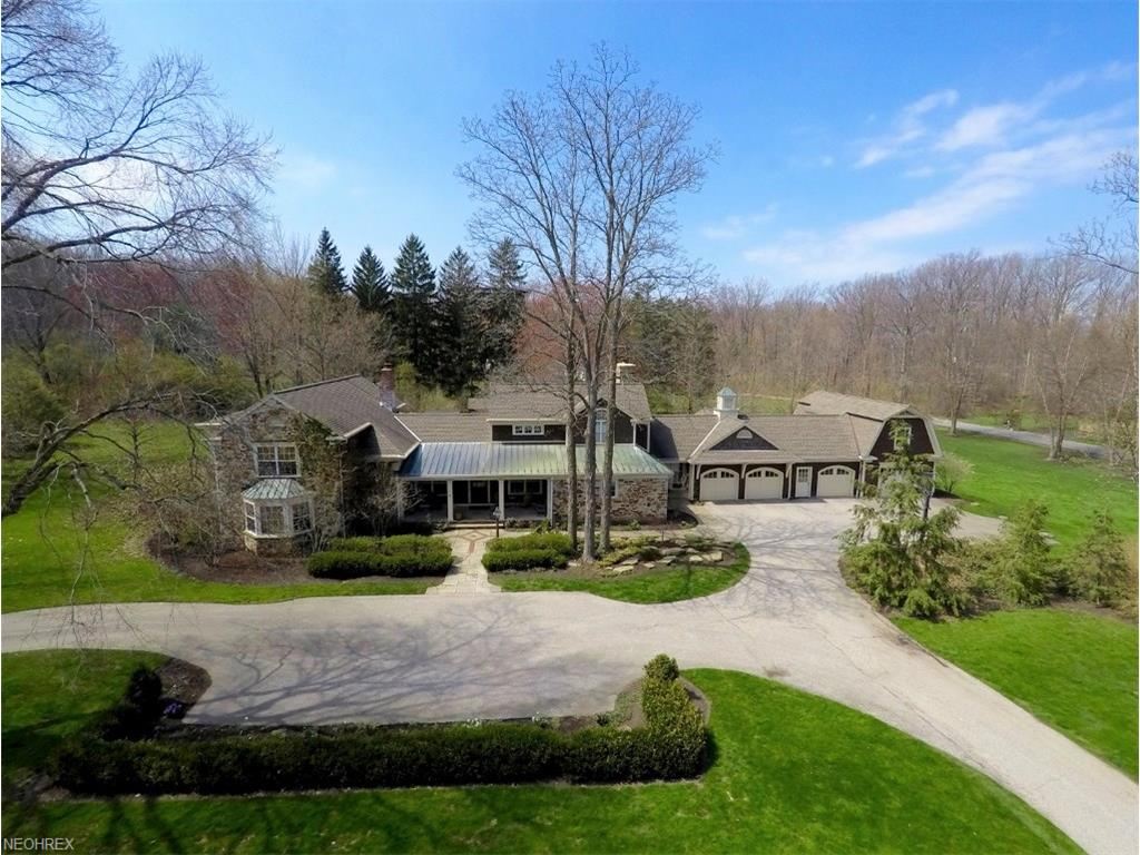 15232 Hemlock Point Rd, Chagrin Falls, OH 44022