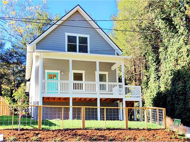 199 Sulphur Springs Road, Asheville, NC 28806