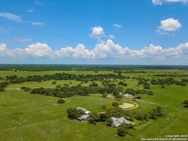 371 County Road 419, Yoakum, TX 77995