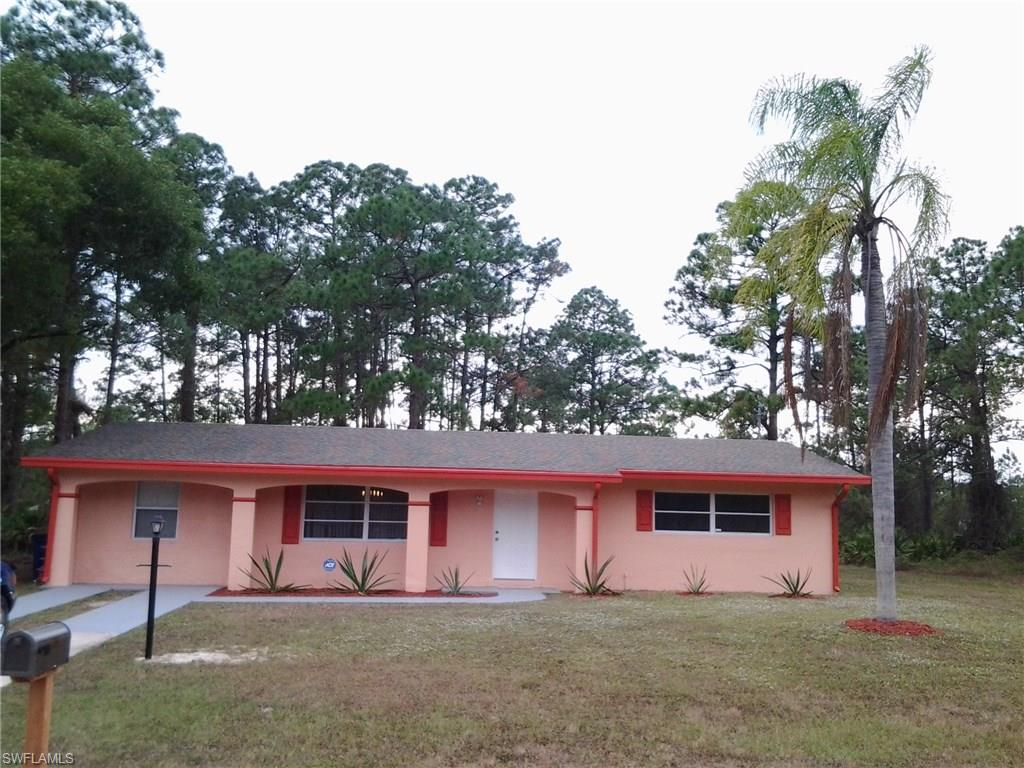 913 Louis AVE, LEHIGH ACRES, FL 33972