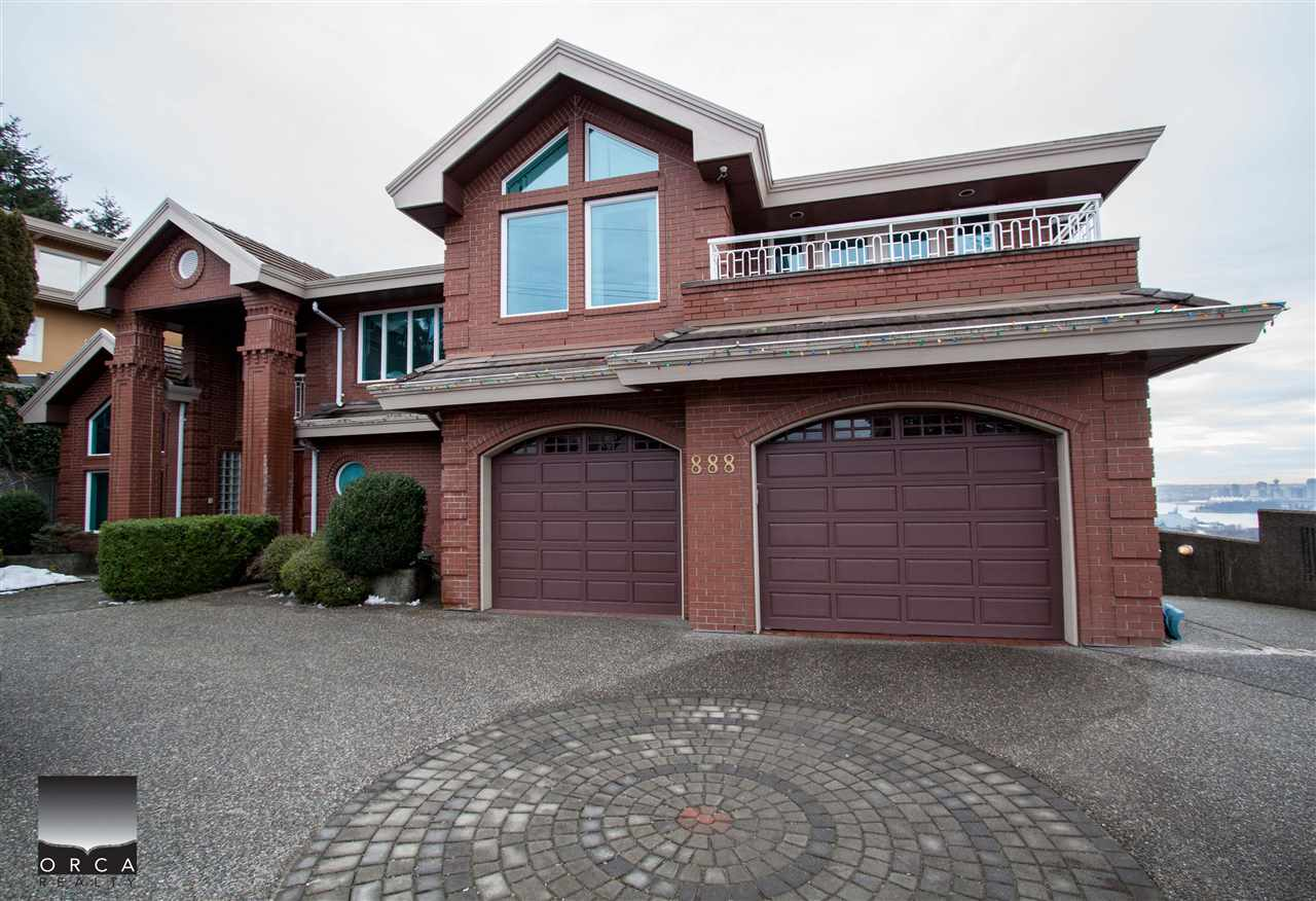888 SENTINEL DRIVE, West Vancouver, BC V7T 1T2