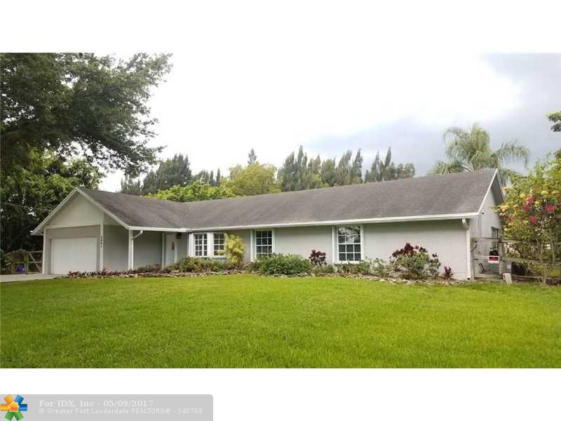 5601 SW 195th Ter, Southwest Ranches, FL 33332