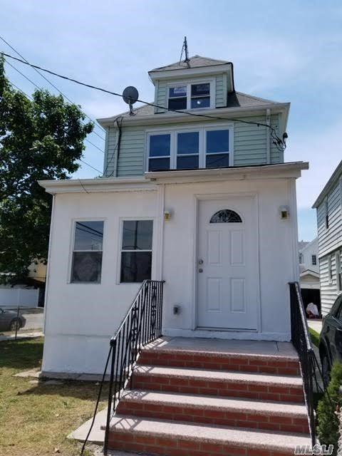89-88 Vanderveer St, Queens Village, NY 11427