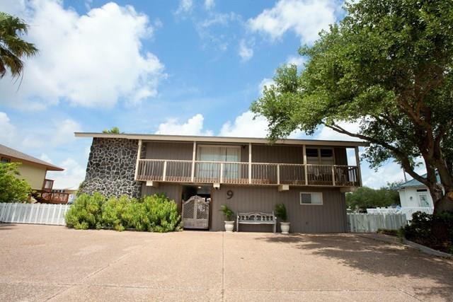 9 Luau, Rockport, TX 78382