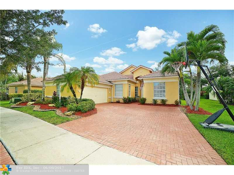 7049 NW 113th Ave, Parkland, FL 33076