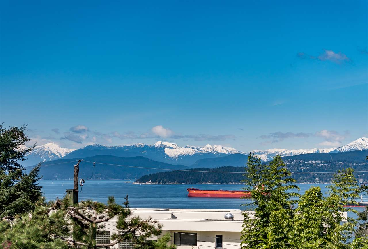 4818 FANNIN AVENUE, Vancouver, BC V6T 1B2
