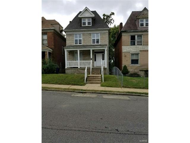 5970 Minerva, St Louis, MO 63112