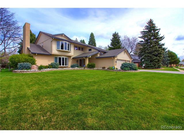 5661 W Lakeridge Road, Lakewood, CO 80227