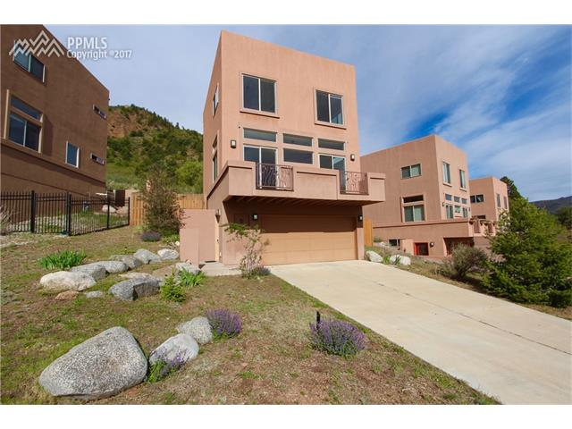 6 Amethyst Avenue, Manitou Springs, CO 80829
