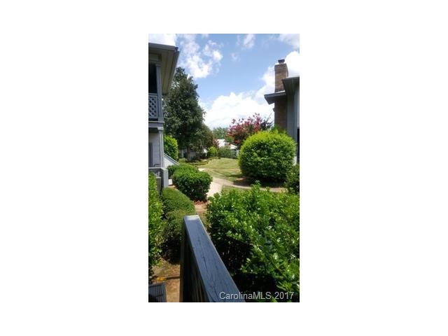 5822 Harris Grove Lane, Charlotte, NC 28212
