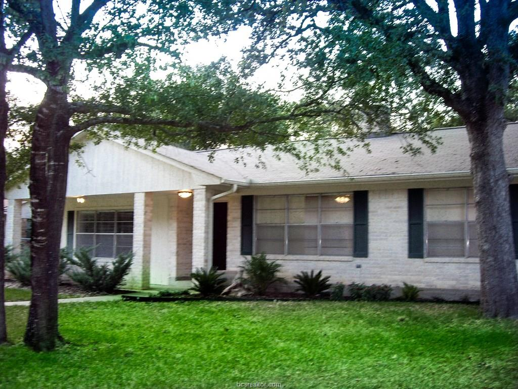 1205 Todd Trail, College Station, TX 77845
